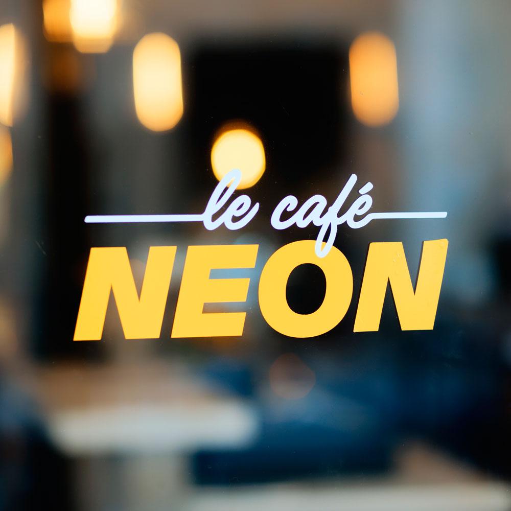 Le Café Néon