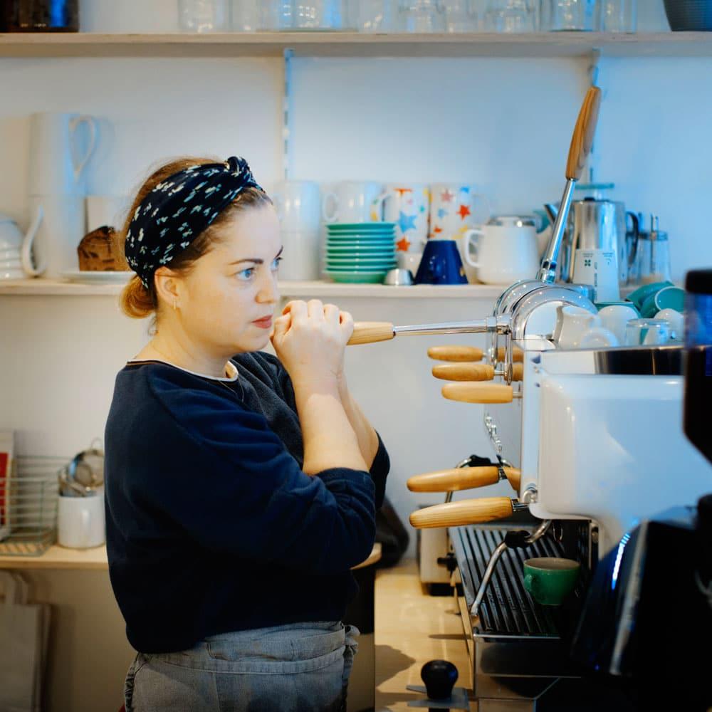 Marie au Café Marbré & sa New 80 Leva